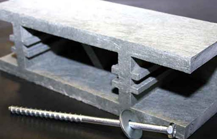Anprallschutz, Anfahrschutz und Rammschutz in einem Parkhaus verhindert Schäden an Bausubstanz und Fahrzeugen.